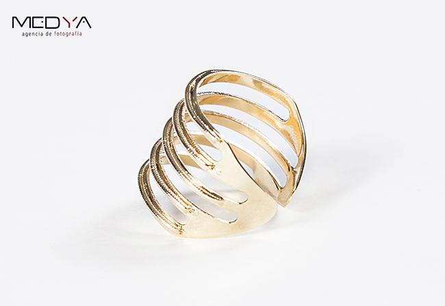 Fotógrafo de pulseras anillos collares Madrid